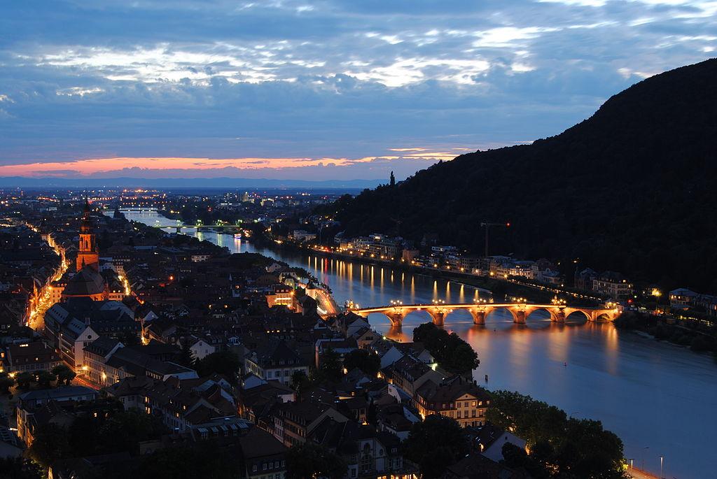 1024px-Heidelberg_night